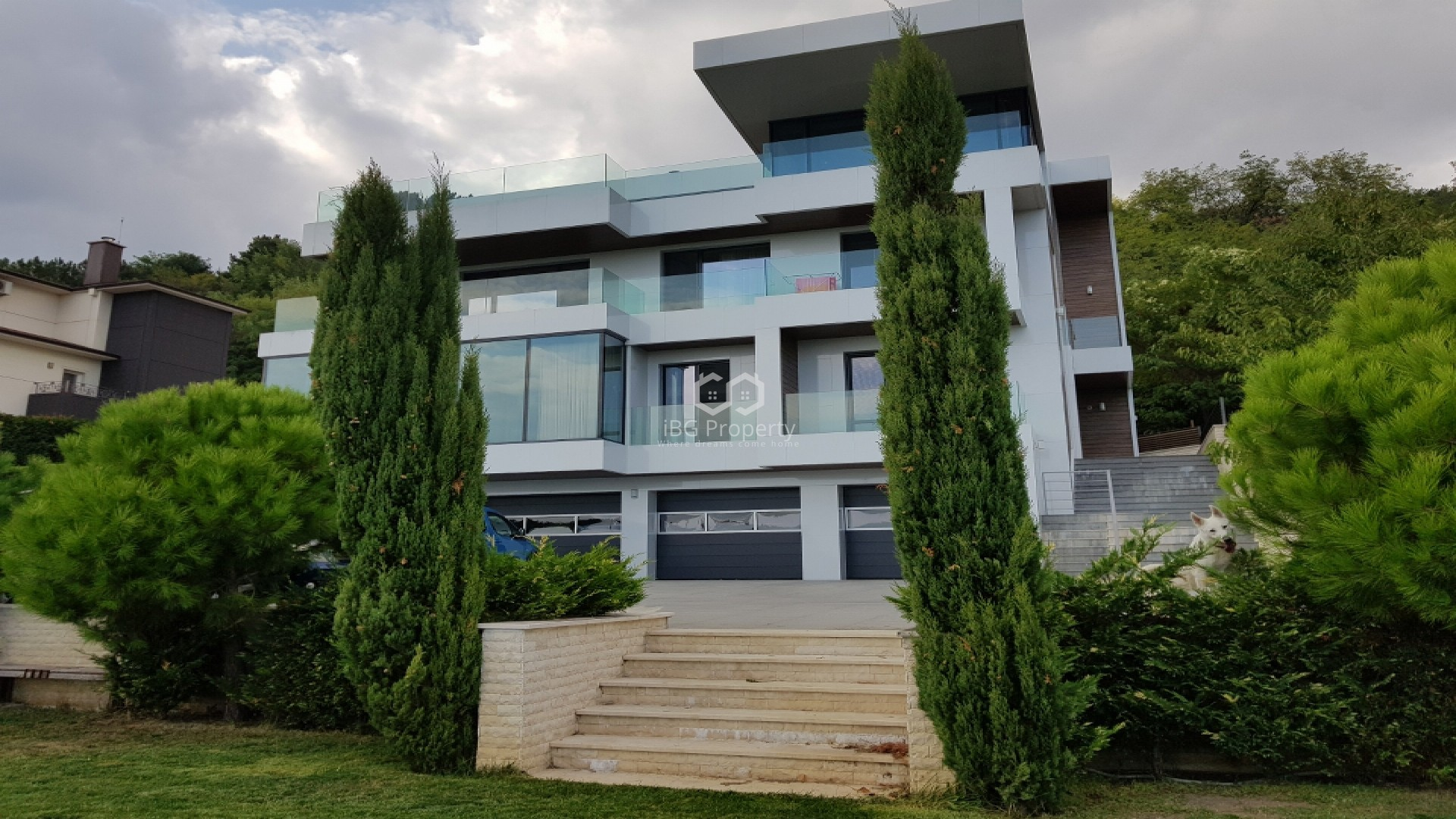 Дом Варна 700м2