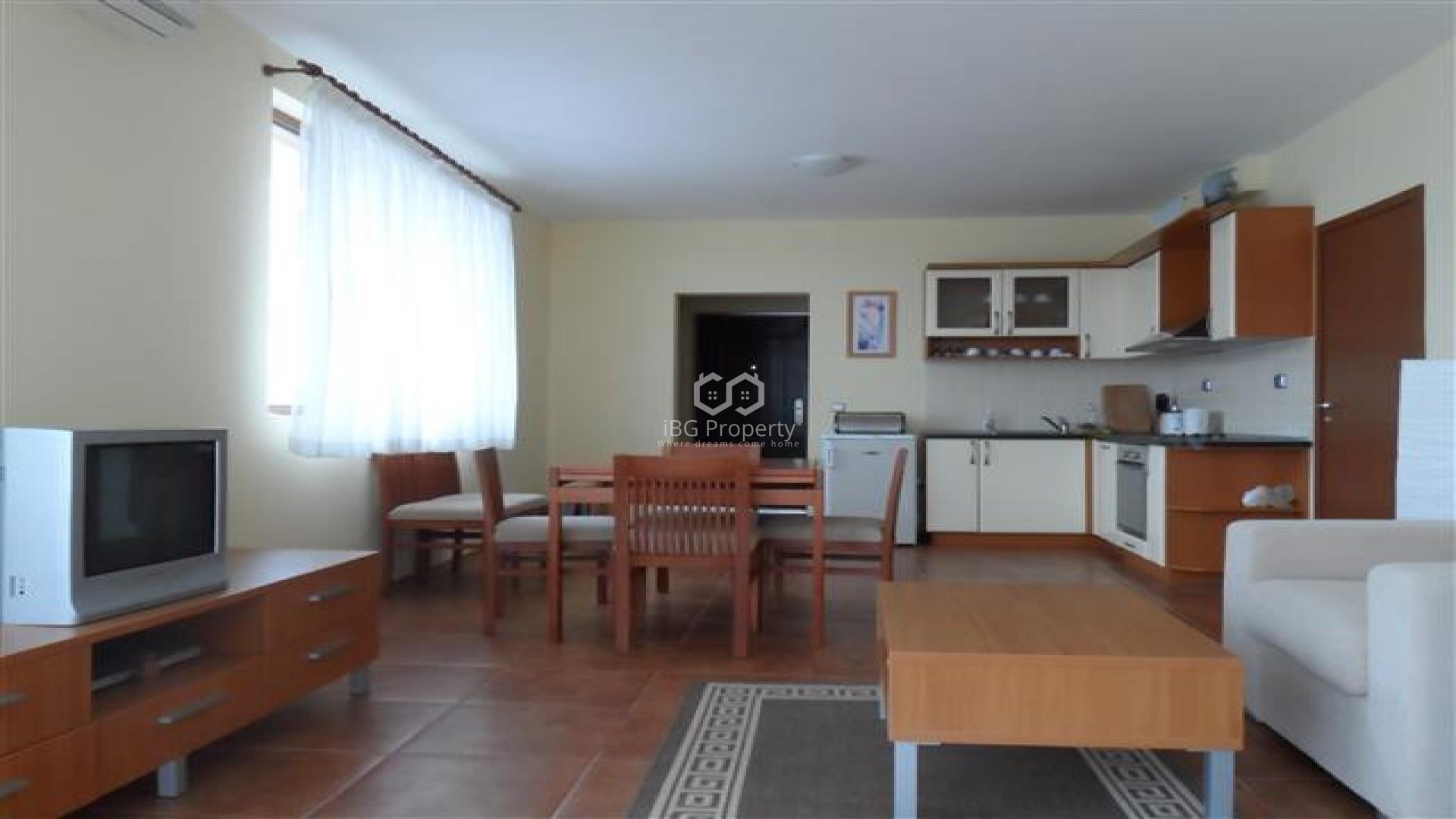 Трехкомнатная квартира Бяла 108 m2
