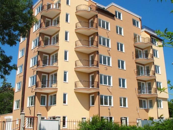 Трехкомнатная квартира Св. Св. Константин и Елена 88 m2