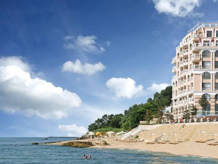 Двухкомнатная квартира Златни пясъци 105 m2