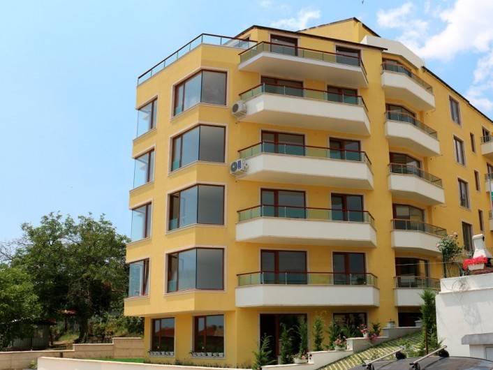 Двухкомнатная квартира Обзор 58 m2