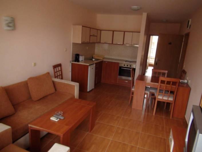 Трехкомнатная квартира Свети Влас  99 m2