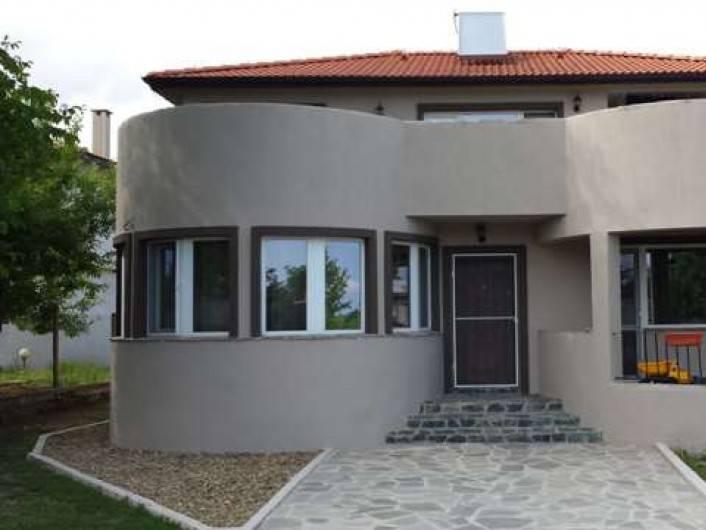 Дом Равна гора 237 m2